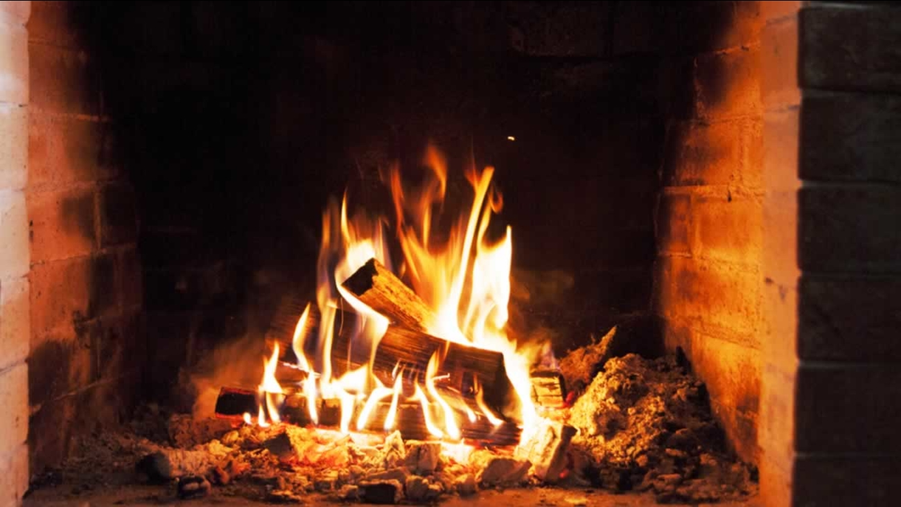 2935740_011218-kgo-shutterstock-fire-place-img